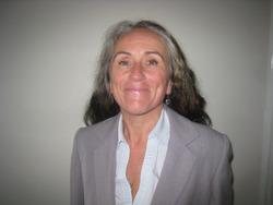 Dr Dee Gray